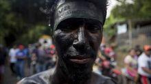 Cientos desafían a la Iglesia católica y a la pandemia con una fiesta pagana en Nicaragua