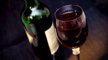 Beber vinho pode melhorar nossa higiene bucal, diz estudo