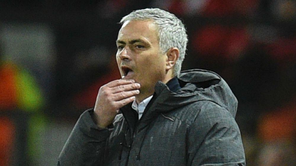 Mourinho se preocupa com crise de lesões no United