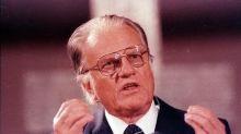 Billy Graham, preacher to millions, adviser to U.S. presidents, dies at 99