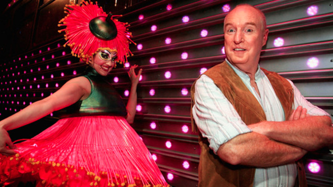 Ray Meagher returns to the stage