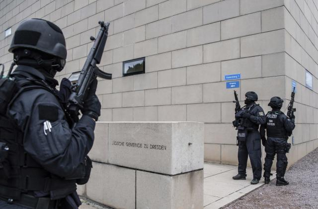 Germany synagogue shooter livestreamed attack on Twitch (updated)