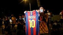 Foot - FC Barcelone - Transferts: les supporters du Barça sous le choc après l'annonce de Lionel Messi