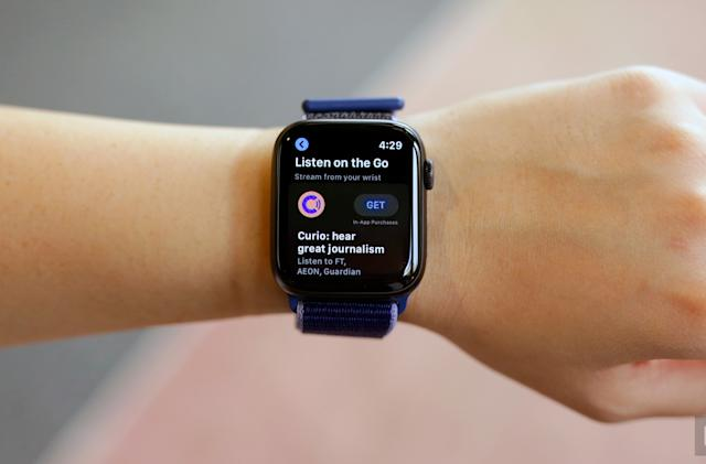 Apple Watch Series 5 cellular models are $100 off