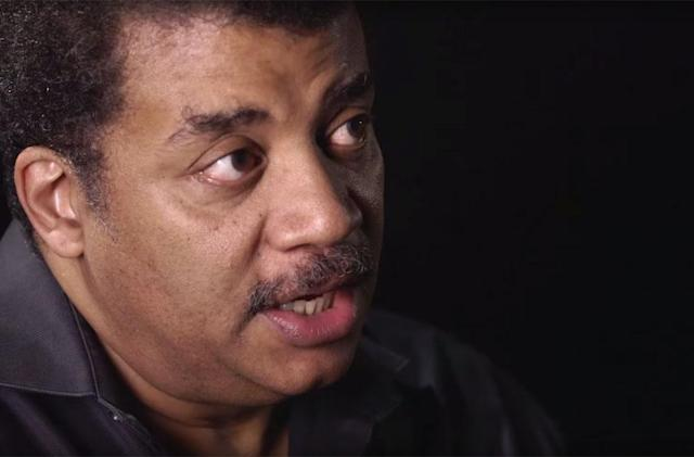 Neil deGrasse Tyson hosts an early Reddit video AMA