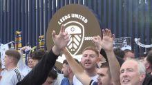 Championship - Leeds retrouve la Premier League 16 ans après, liesse populaire dans la ville