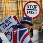 UK says second Brexit vote would take over a year to organize: source