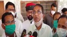 Rajasthan: Minister meets protesters in Dungarpur