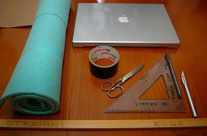 Make your own MacBook Pro sleeve