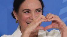 Regina Duarte perde chefia na Cinemateca, mas segue recebendo R$ 15 mil