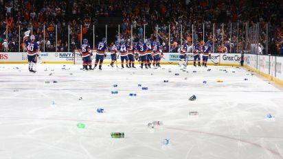Islanders fans' twisted declaration of love