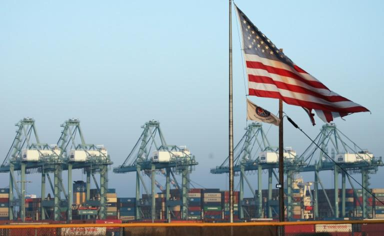 US trade gap narrows as imports fall amid China conflict