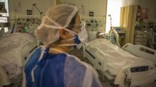 Coronavírus: Na UTI do Sancta Maggiore, um misto de tensão e calma entre médicos e enfermeiros