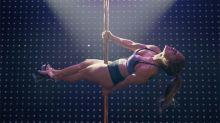 Jennifer Lopez da lecciones de 'pole dance' en Hustlers