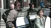 Postal workers protest in Portland