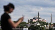 Turquie : reconvertie en mosquée, Sainte-Sophie sera ouverte aux visiteurs en dehors des heures de prières