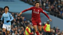 Alexander-Arnold signs new Liverpool contract