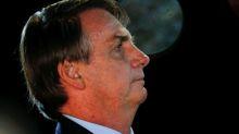 Todos ministros devem estar sintonizados comigo, diz Bolsonaro em pronunciamento