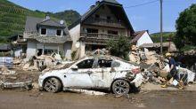 Polizei und Krisenstab: Helfer sollen nicht mehr ins Hochwassergebiet reisen