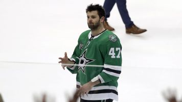 Radulov borrows fan's replica jersey during game