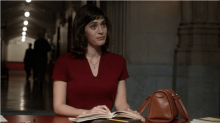 Lizzy Caplan to play the female lead in Gambit