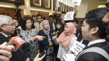 Students group derides amendments promising greater political freedom