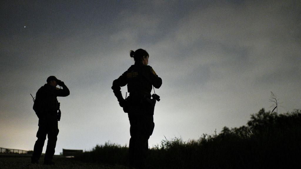 A rare prosecution and resignation of a US border agent who assaulted a migrant