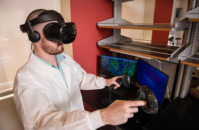 VR and microscopy help scientists see 'inside' diseases