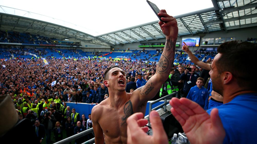 Brighton accède en Premier League