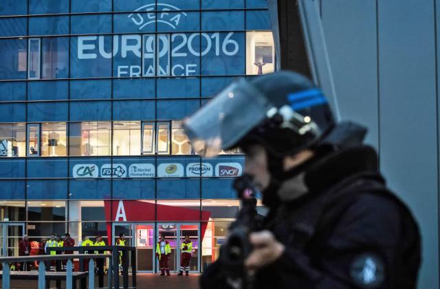 France releases terror alert app in time for Euro 2016