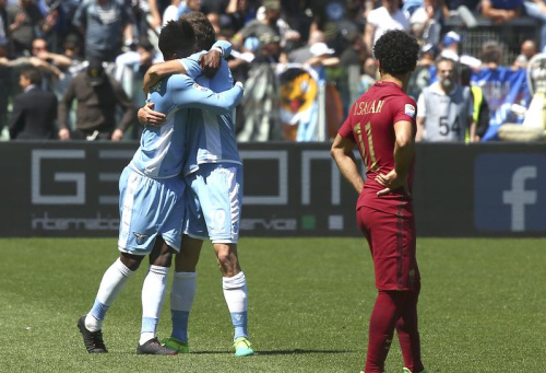 La Lazio remporte le derby romain