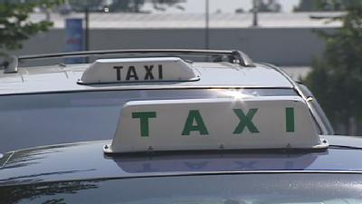 Passengers Call 911 On Cab Driver