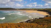 5 Reasons You Should Book A Beach Staycation This Autumn