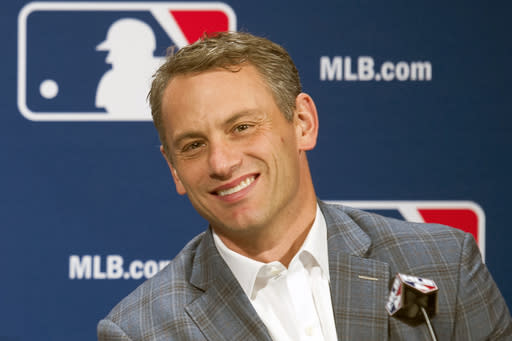 New Cubs prez Hoyer's goal: Retool team but stay competitive