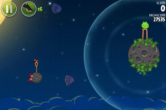 Joystiq: Your mother-in-law is going to love Angry Birds Space