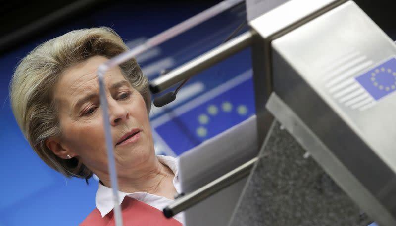 L'UE sur la bonne voie dans son objectif de vaccination, dit Von der Leyen