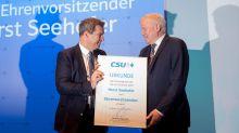 """CSU-Parteitag : """"Sorry, Horst"""""""