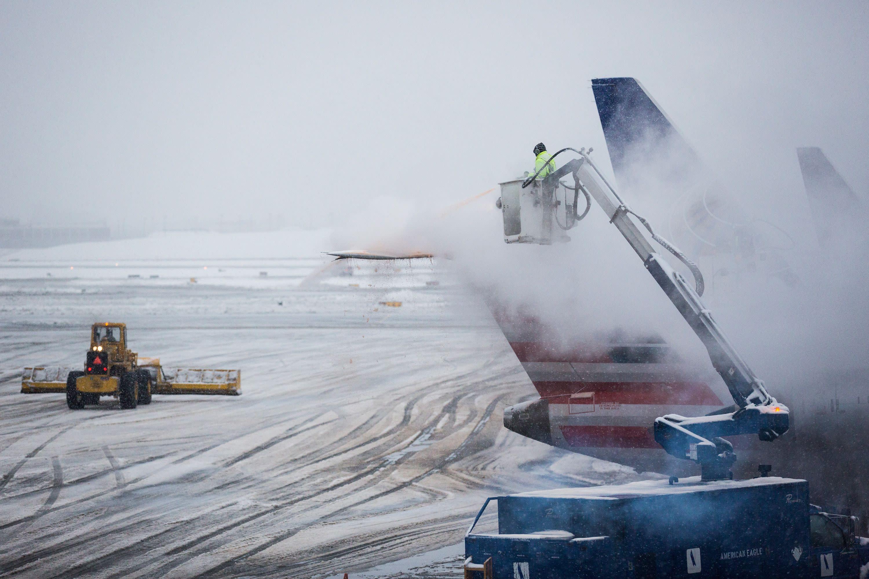 Resultado de imagen para storm snow US airlines