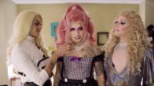 Whindersson se monta de drag queen com a ajuda de Pabllo Vittar