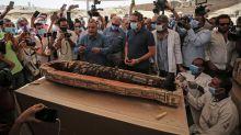 Archäologen finden nahe Kairo 59 altägyptische Sarkophage