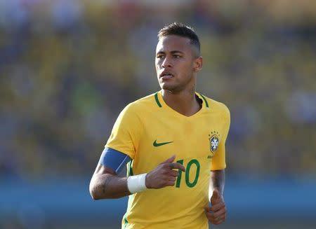 El delantero brasileño Neymar en un encuentro amistoso frente a Japón en Goiania