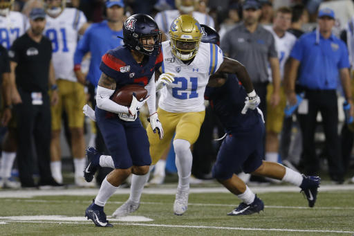 UCLA QB Dorian Thompson-Robinson replaced after suffering foot/ankle injury