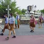 """Walt Disney World Expects """"Tens Of Thousands"""" Of Cast Members Despite Actors' Equity Opposition"""