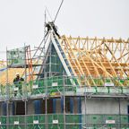 UK construction returns to growth despite delays and shortages