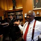 Justice Thomas urges U.S. Supreme Court to feel free to reverse precedents