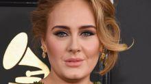Adele faz perfil em aplicativo de relacionamento exclusivo semanas após seu divórcio