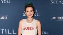 Bella Thorne estrena film en Los Ángeles con pelo en las axilas