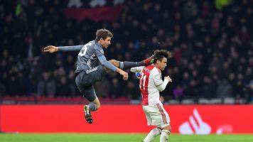 Thomas Müller mit Kung-Fu: Reaktionen auf Tritt des Bayern-Stars