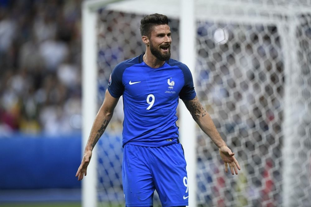 Olivier Giroud s'adresse parfois à Jésus pendant les matchs