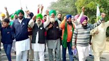 'Delhi Chalo' protest: Farmers allowed entry to Delhi by police